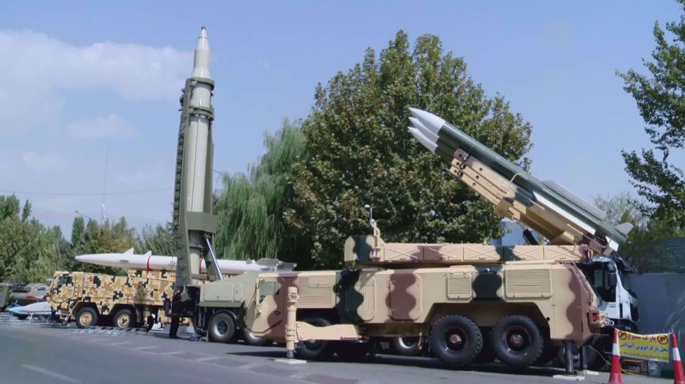 Tehran hosting National Exhibition of Sacred Defense achievements