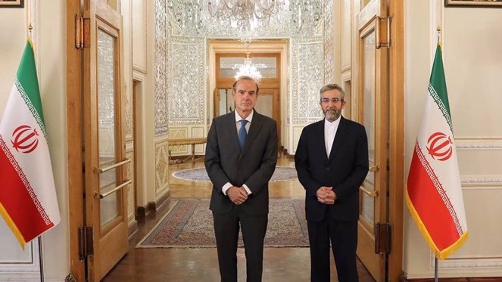 In Tehran, EU envoy discusses removal of sanctions on Iran