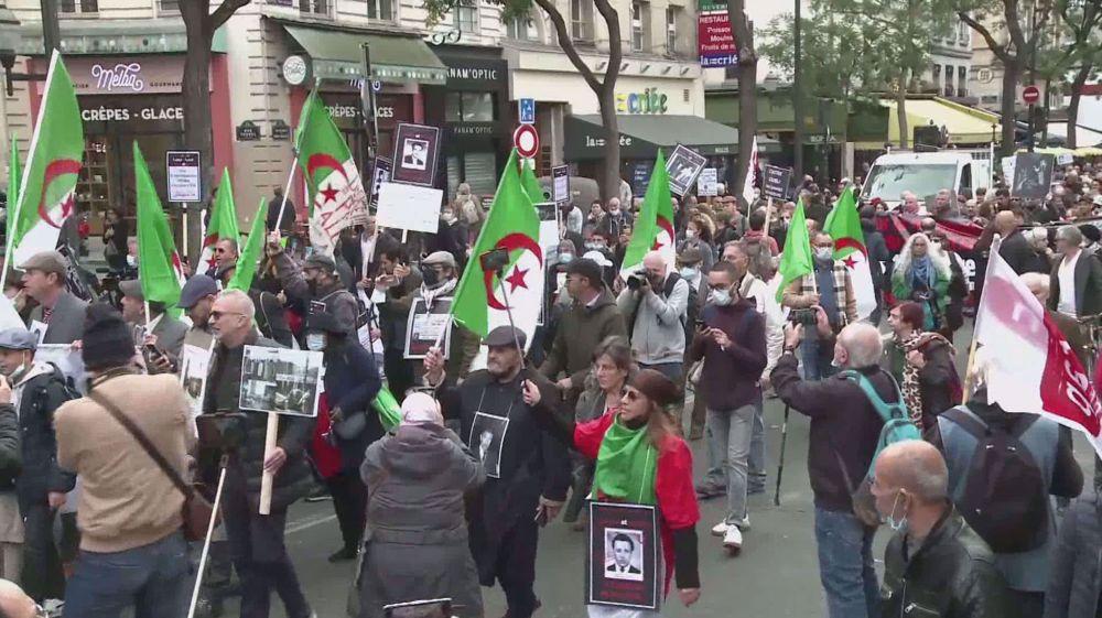 Massacre of Algerians in Paris
