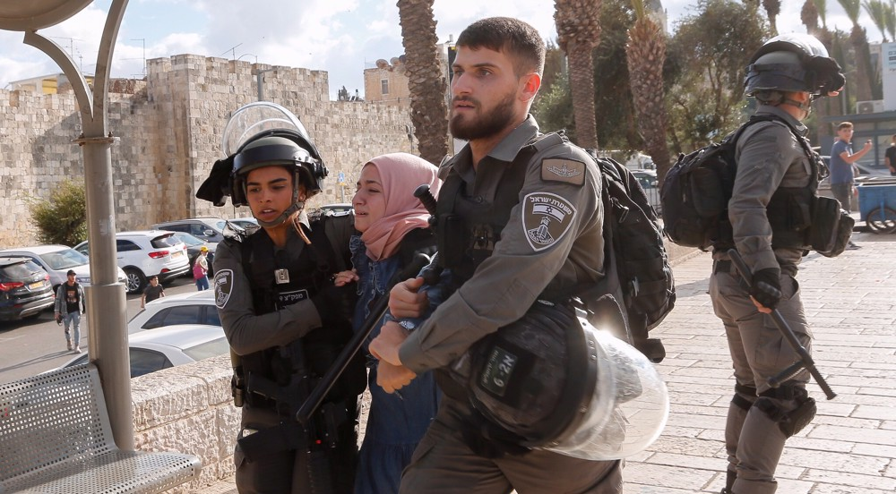 Dozens wounded, arrested in Israeli attack on Palestinians in al-Quds