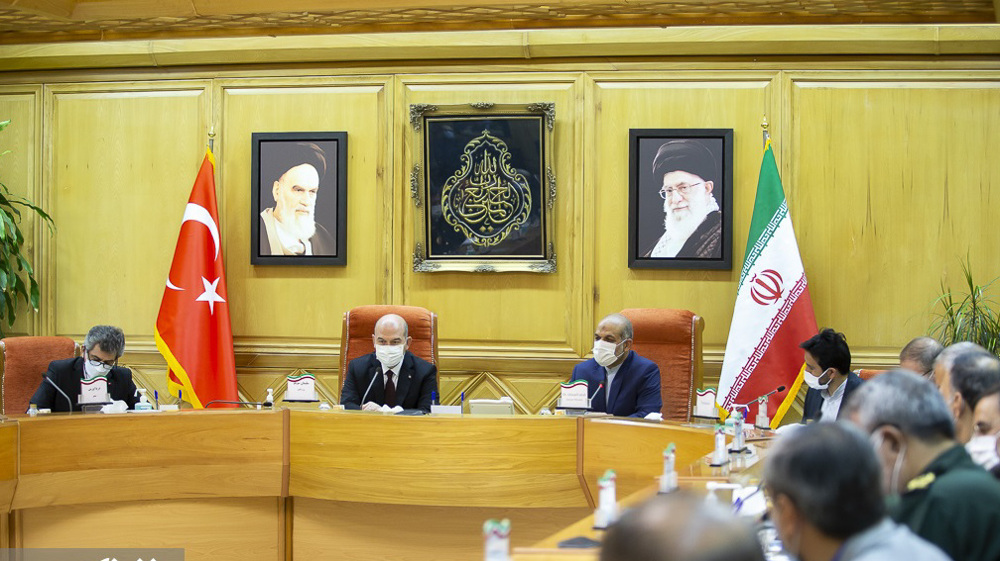 Iran, Turkey ink security agreement, stress resolve to jointly fight terror