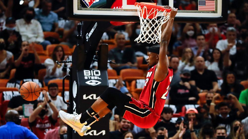 NBA: Miami Heat 137-95 Milwaukee Bucks
