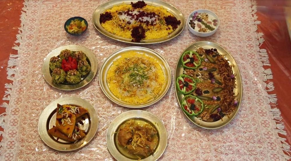 An insider's view of the country: Traditional dishes in Qazvin and reverse glass painting