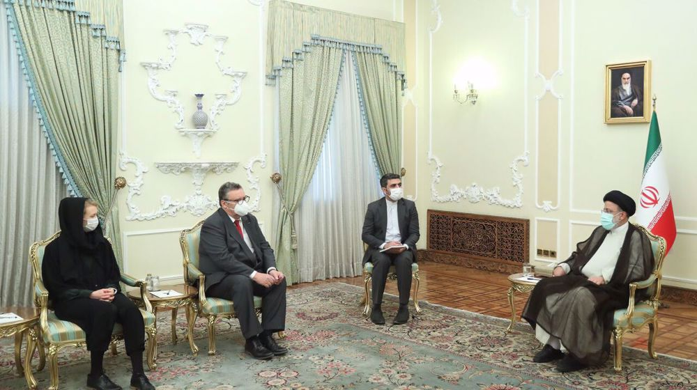 Iran pres.: EU must distance itself from US expansionist policies