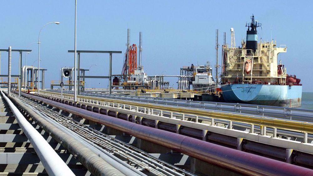Report: Iranian tanker discharging condensate in Venezuela