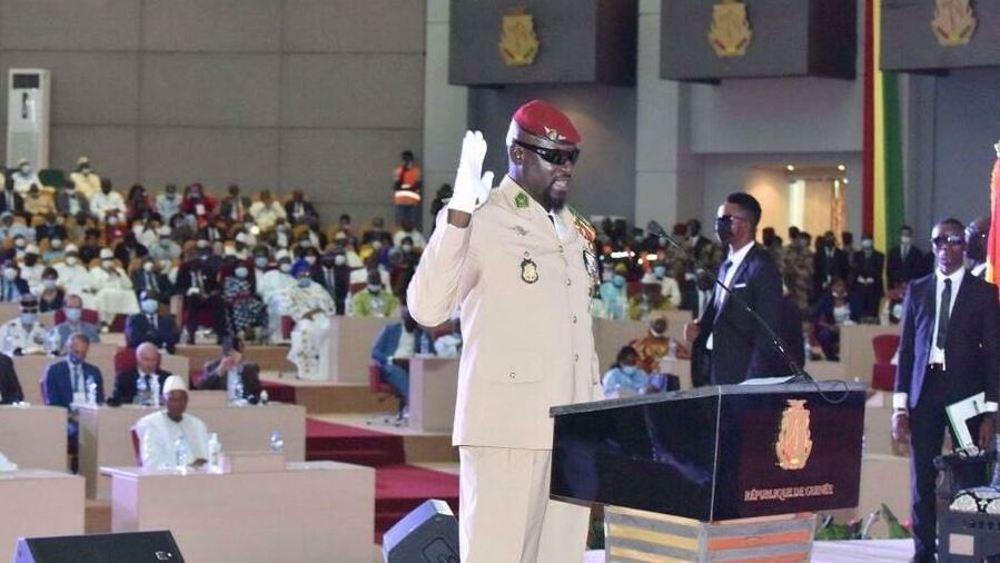 Guinée: Paris investit son président!