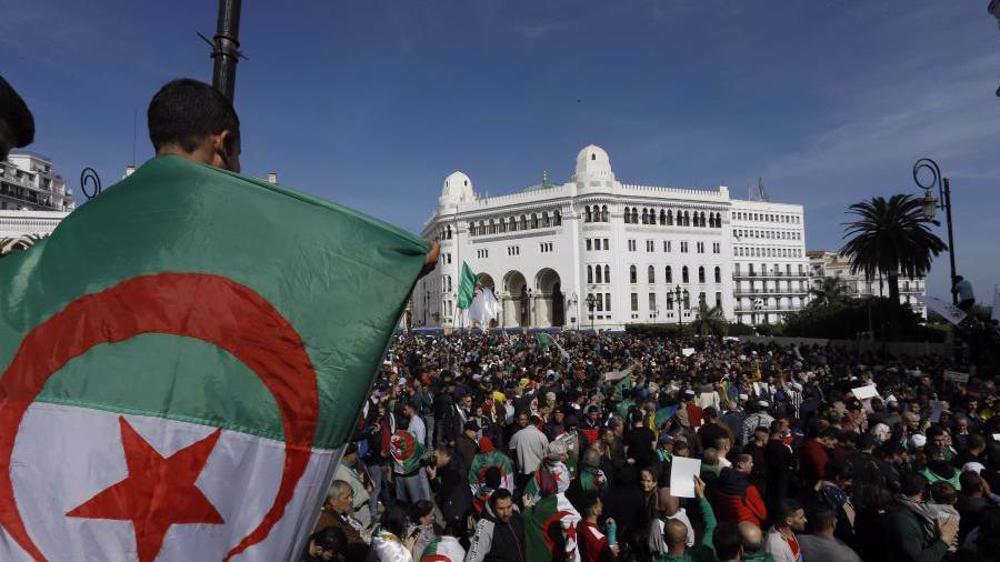 L'Algérie met la France à sa place