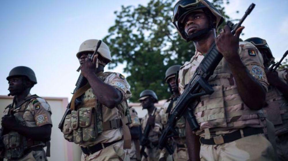 Cameroun: Fatal pacte militaire avec Paris?