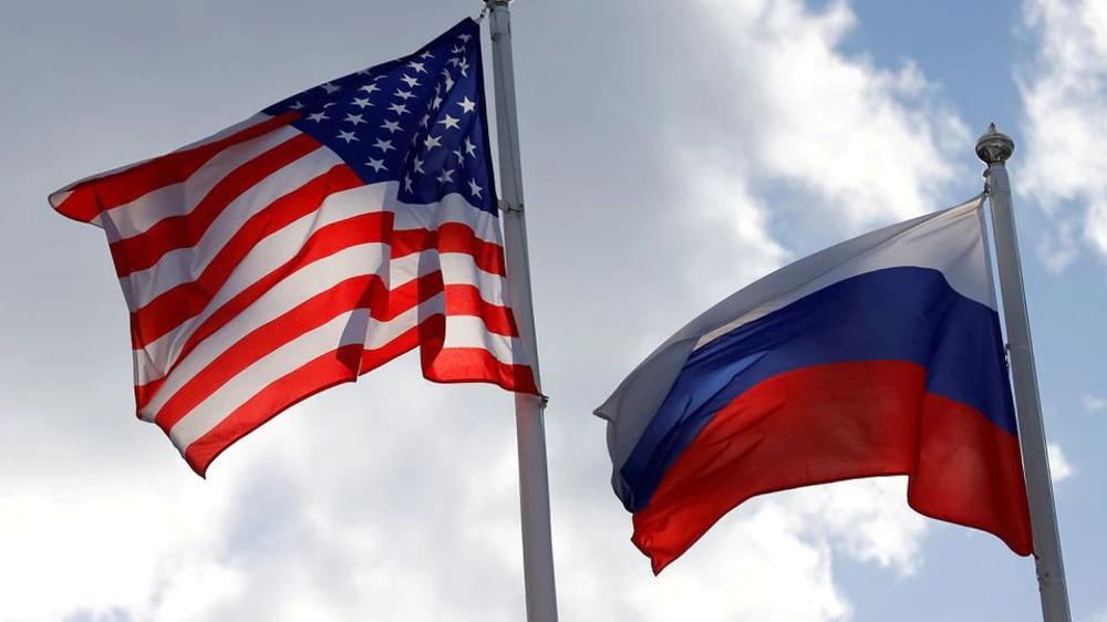 US senators urge Biden to expel 300 Russian diplomats amid visa spat