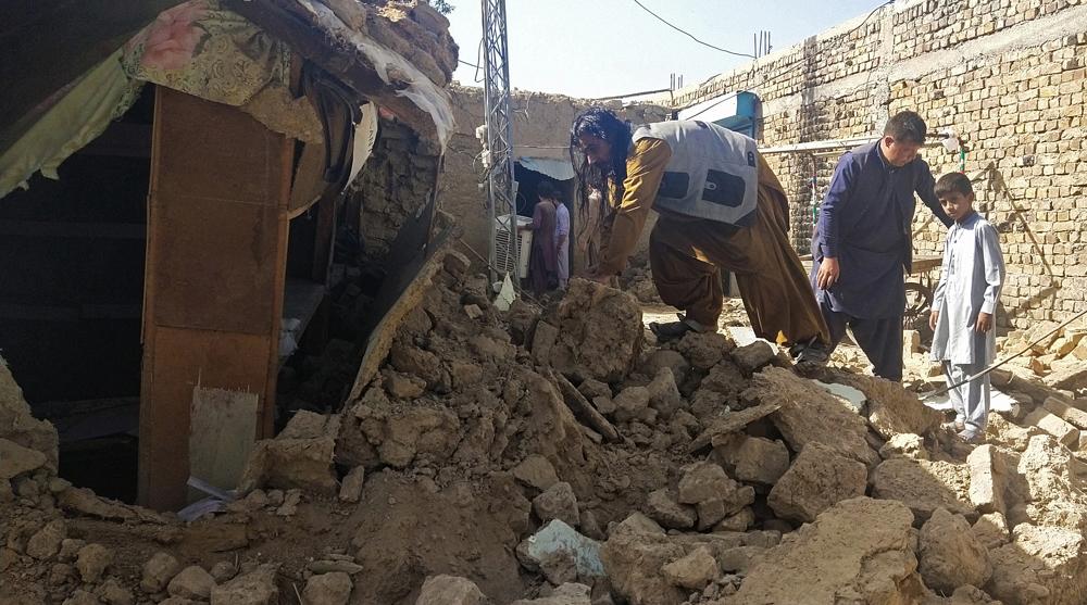 At least 20 killed as 5.9-magnitude quake jolts SW Pakistan