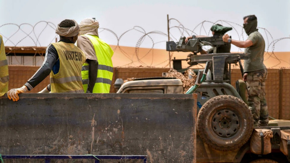 Mali accuses France of training 'terrorists' in country