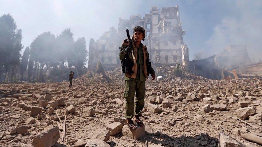 Houthi: Yemenis not to be fooled after Biden halts Saudi aid