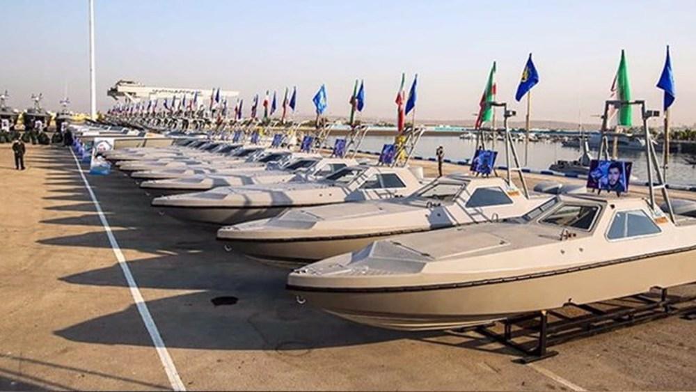 340 combat speedboats join IRGC Navy on Islamic Revolution anniv.