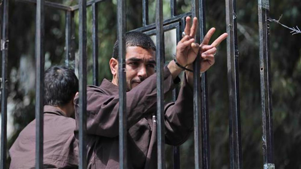Palestinian inmate held in solitary confinement despite health problem