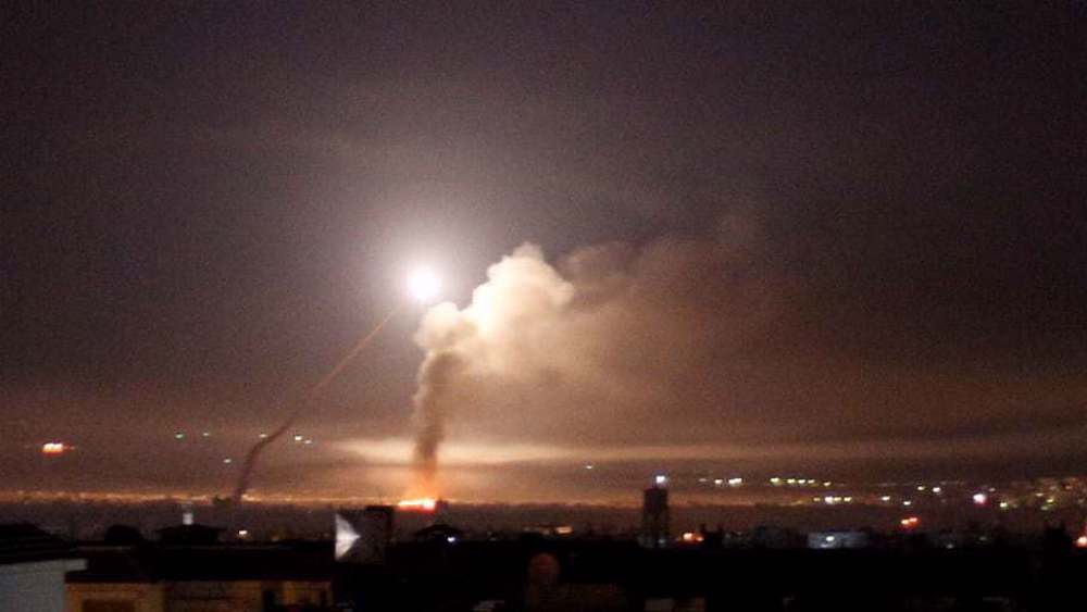 Israel strikes Syria after reporting 'Syrian missile raid' near Dimona