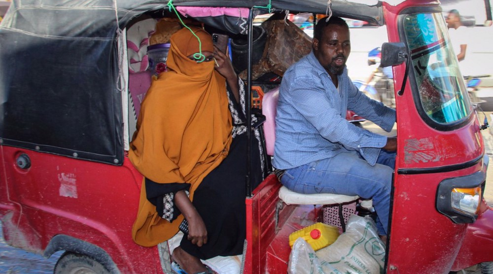 Fearing new bout of fighting, civilians flee homes in Somali capital