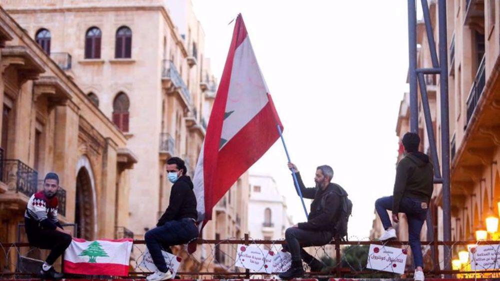 Under France's pressure, EU prepares sanctions on Lebanese politicians
