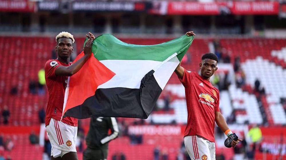 Man Utd stars Pogba, Diallo hold up Palestine flag after match