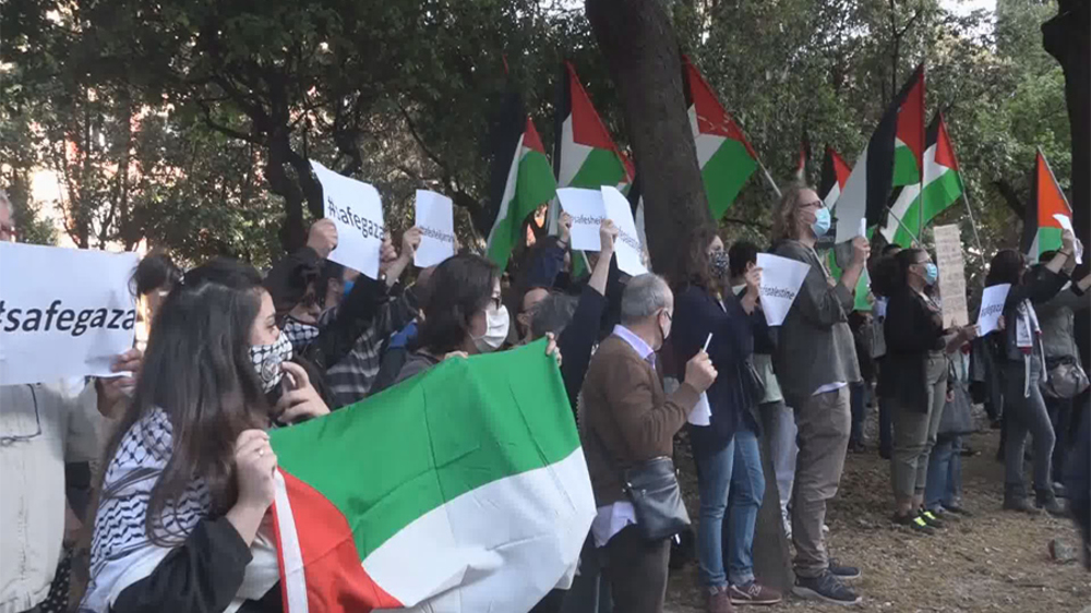 Pro-Palestine groups stage protests at national broadcaster headquarters in Italy