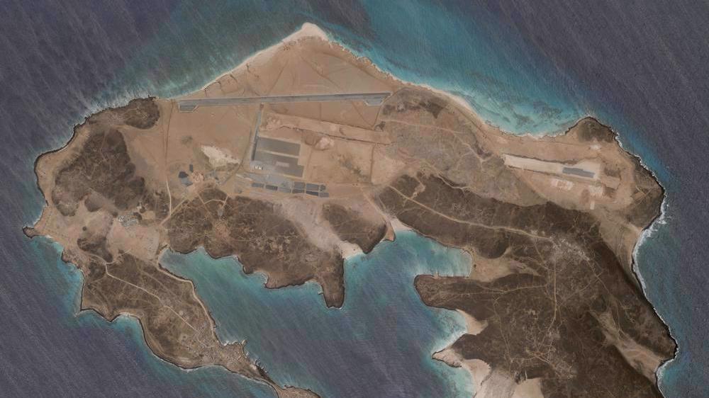 Yemen warns 'lava of fire' as Saudi Arabia claims mysterious base