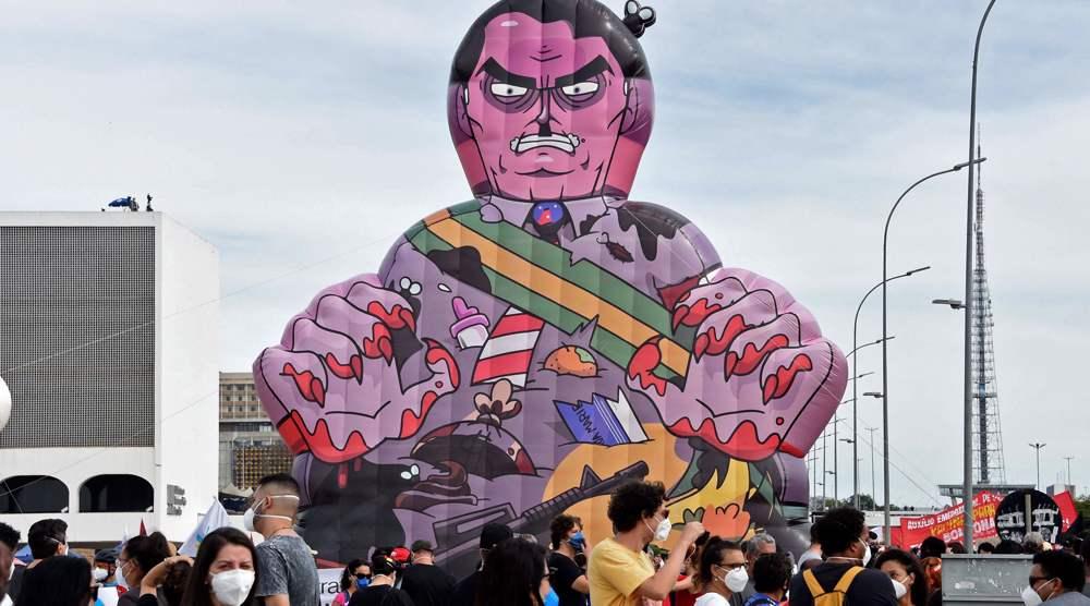 Brazilian protesters blame Bolsonaro for soaring COVID-19 crisis