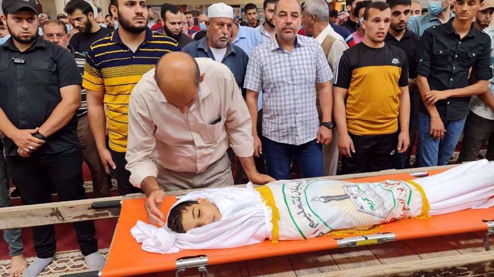 Palestinian child wounded by Israeli ammunition diesin Gaza
