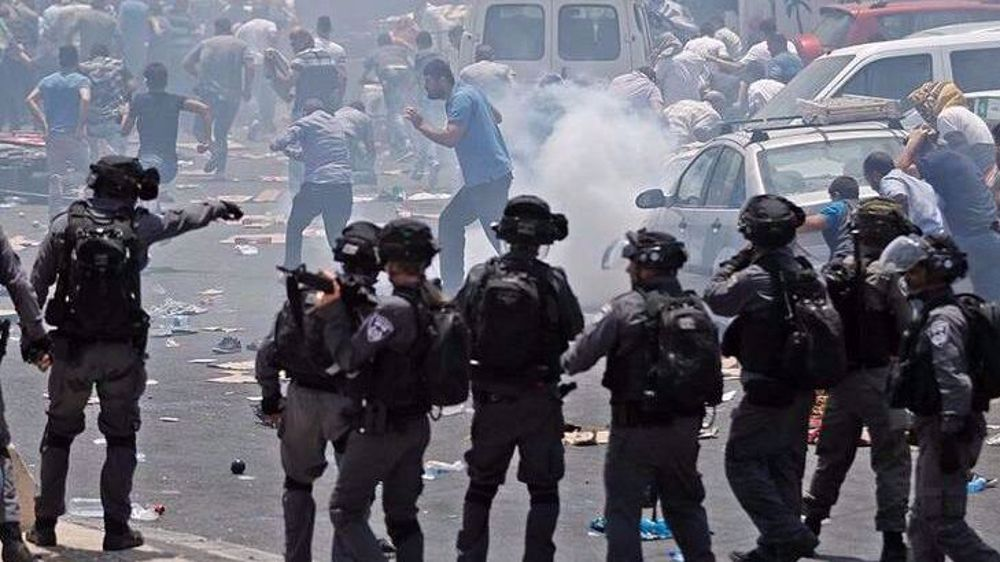 Clashes renewed in Sheikh Jarrah amid back-to-back Israeli provocations