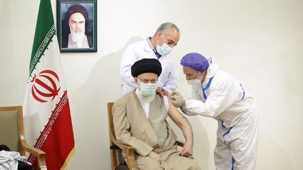 Leader receives first dose of homegrown Iranian COVID-19 vaccine