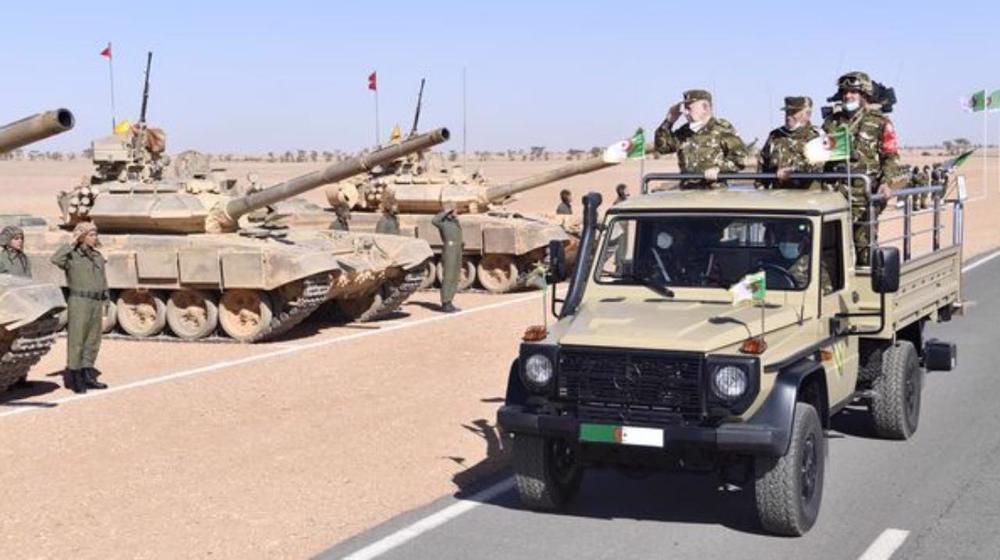 A quoi joue l'armée algérienne?