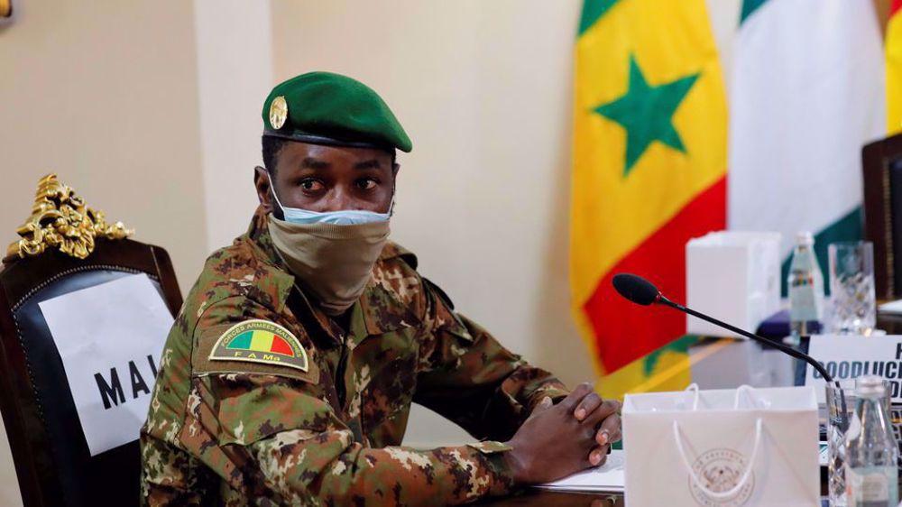 Mali coup leader Goita sworn in as interim president