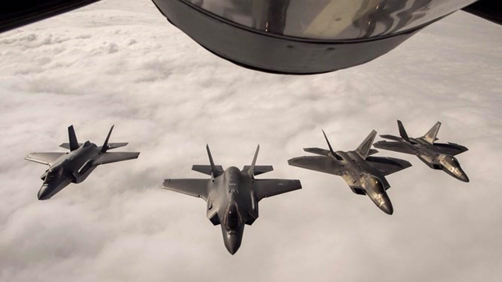 OTAN: Poutine met en garde