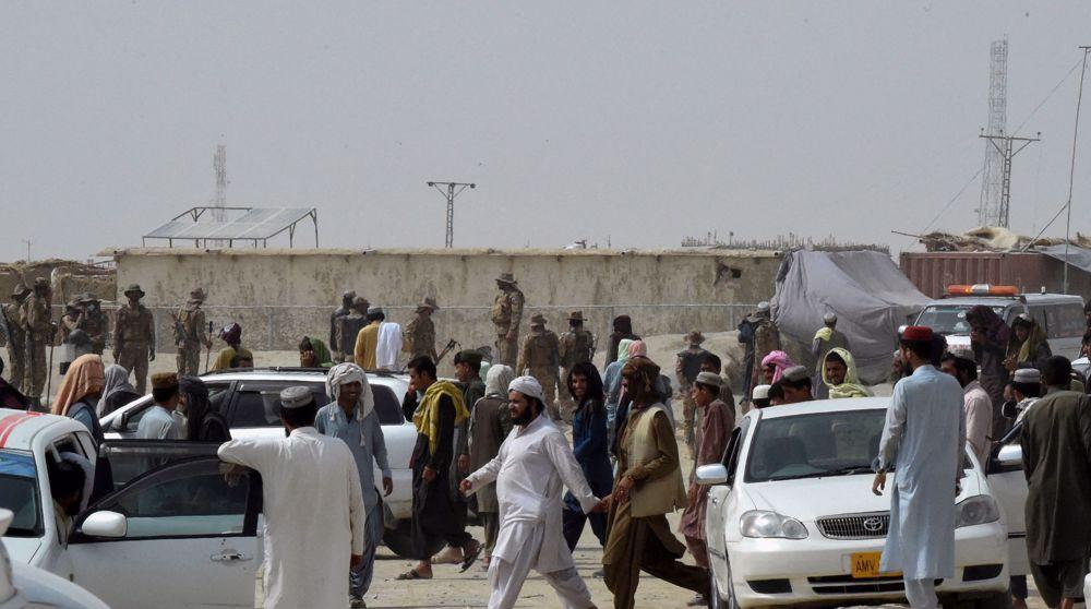 Afghan govt. says its forces retake Pakistan border crossing; Taliban, Pakistan deny claim