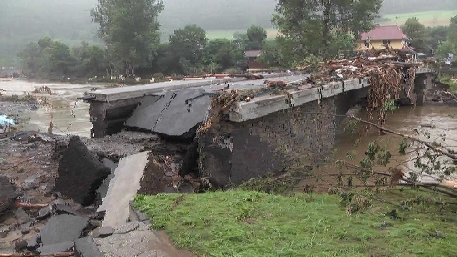 Homes, bridges destroyed after fatal floods sweep Germany