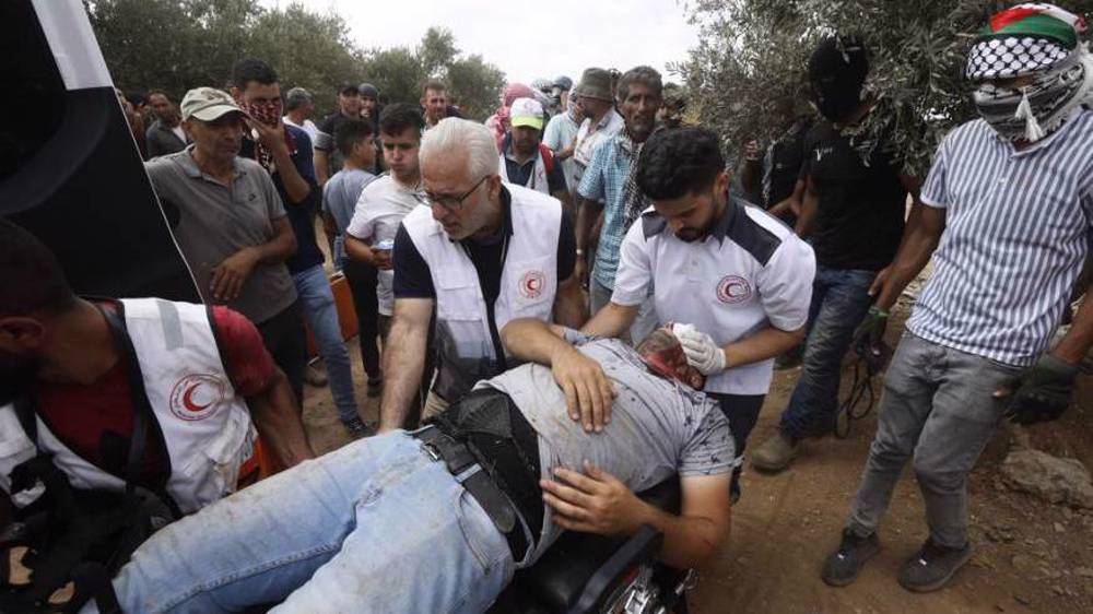 In Pictures: Israeli forces attack hundreds of Palestinians in West Bank