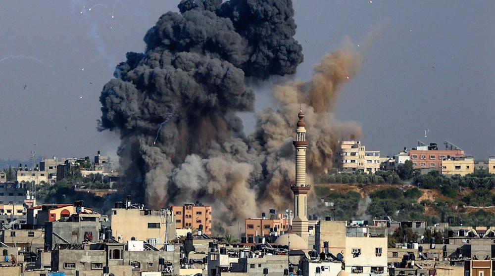 In response to balloons, Israeli jets unleashhellish strikes over Gaza