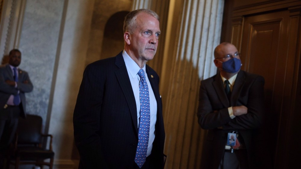 US Republican senators seek probe into Chinese companies