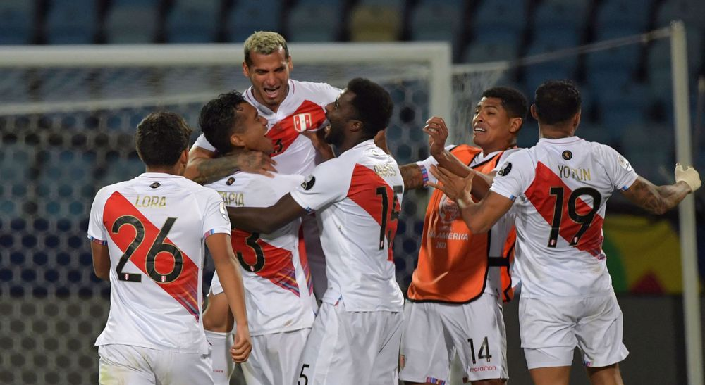 Peru down Paraguay on penalties to reach Copa America semifinals
