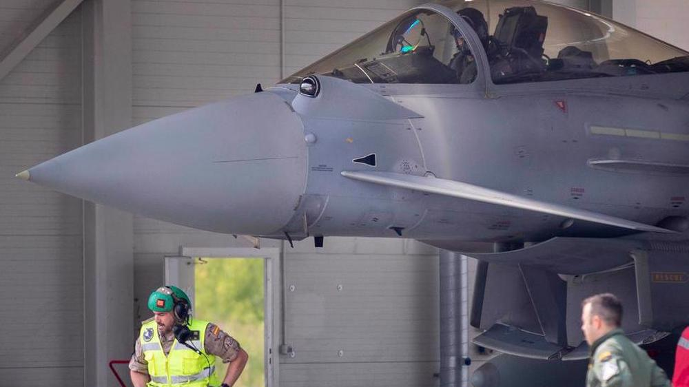NATO cuts address by leaders, scrambles jets to counter Su-24s