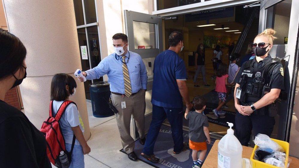 Poll: Majority of parents in US against school vaccine mandates