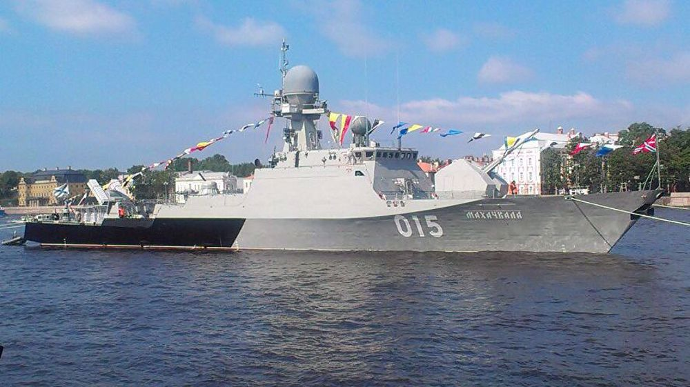 Russia sends ships to Iran's Bandar Anzali for Sea Cup competition
