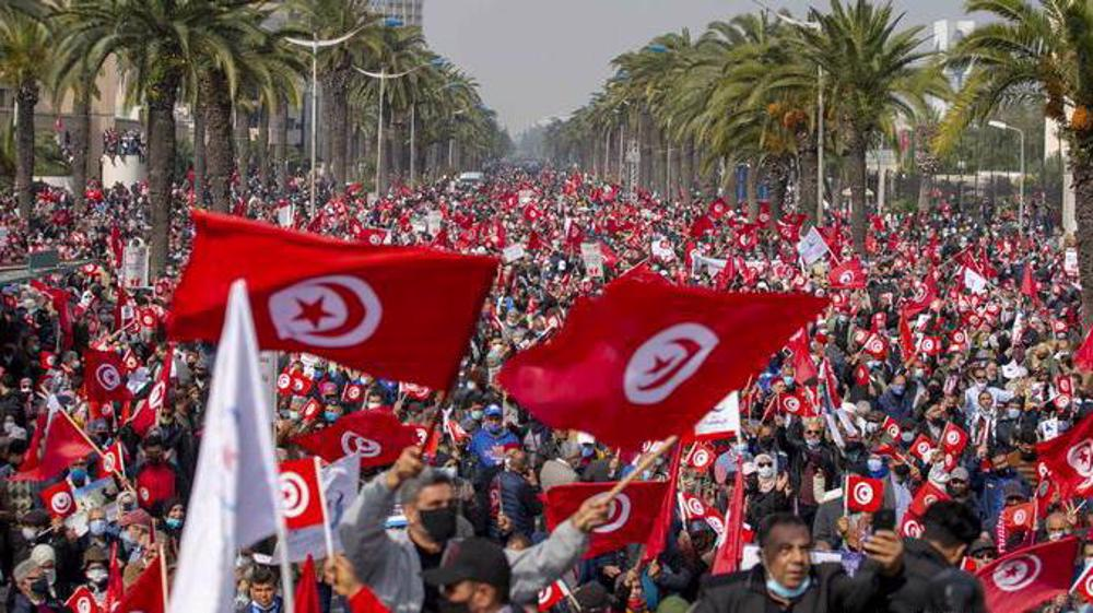 Tunisia in crisis 10 years after popular uprising