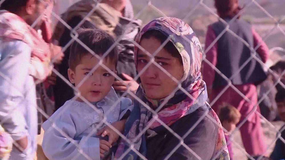 Afghans stranded on Iran's border demanding asylum