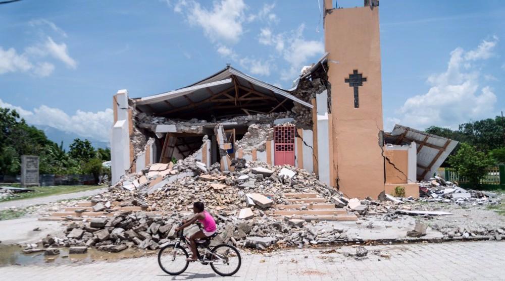 New tremors hit Haiti as death toll rises from last week's earthquake