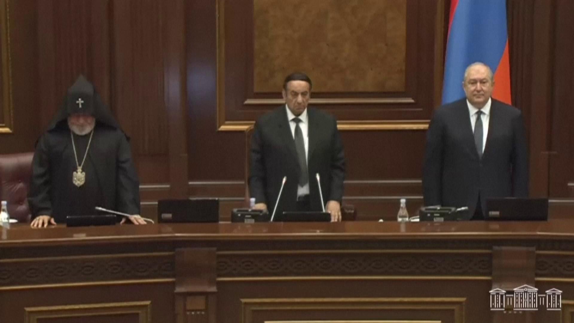 Armenia's parliament re-elects Nikol Pashinyan as prime minister