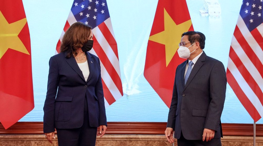 US's VP continues Southeast Asia tour in attempt to co-opt countries against China
