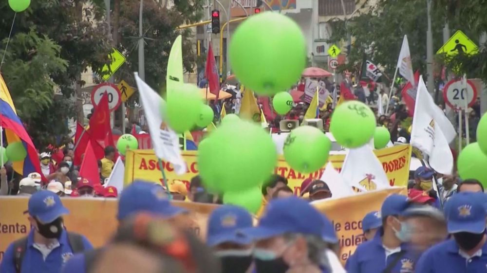Colombians hit streets to protest against government