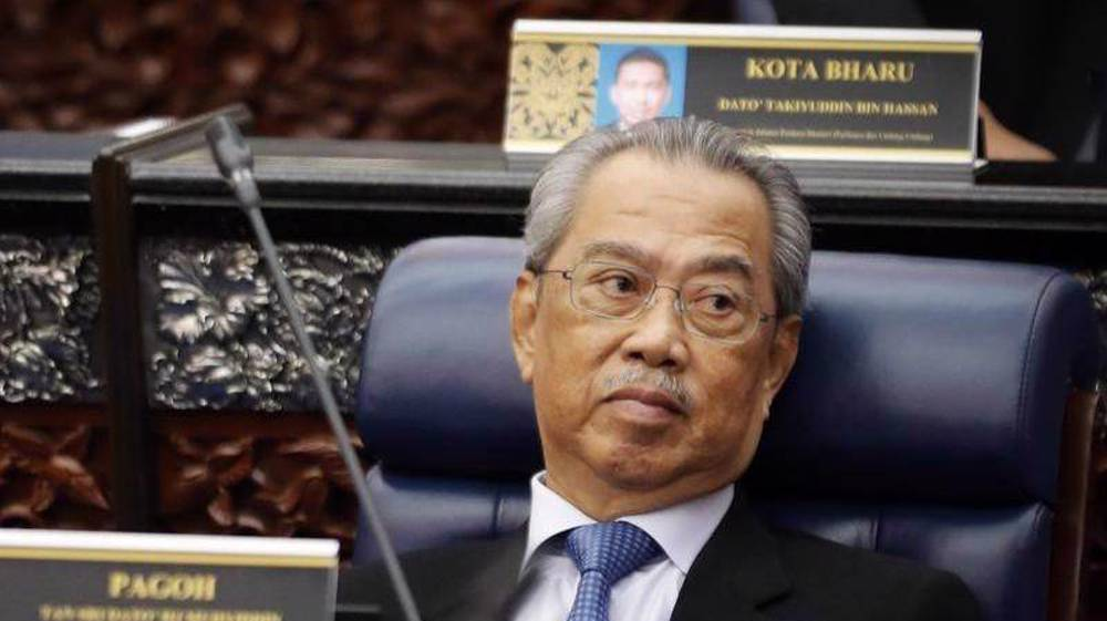 Malaysia PM rejects mounting calls to quit, seeks confidence vote