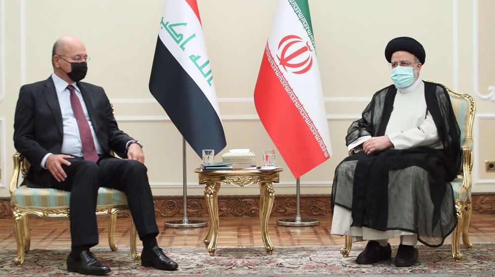 Iran wants a powerful Iraq, President Raeisi tells his Iraqi counterpart