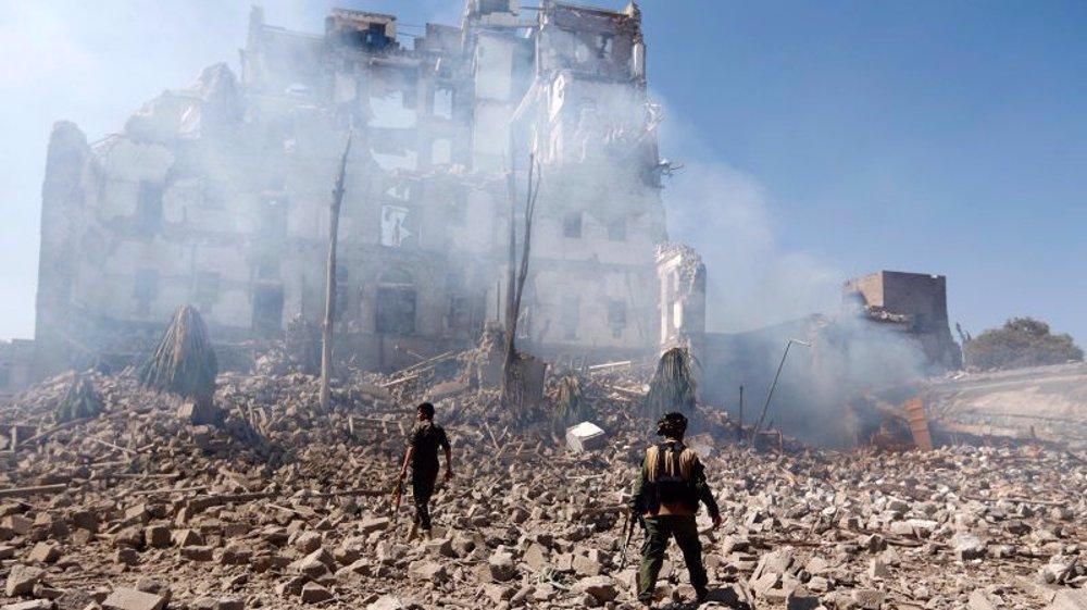 Saudi-led warplanes launch dozens of strikes on Ma'rib after Yemen army gains