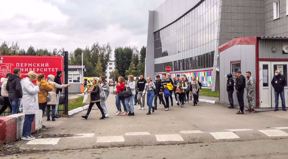 Russia campus shooting leaves 8 dead
